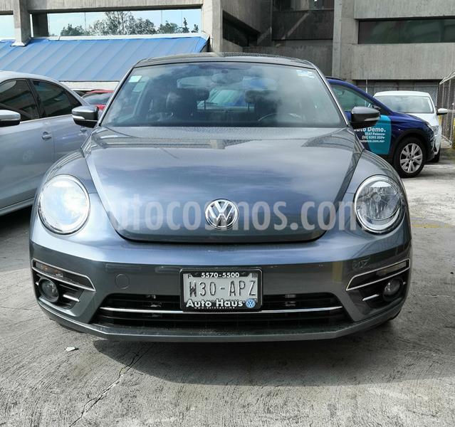 Volkswagen Beetle Sportline usado (2017) color Gris precio $250,000