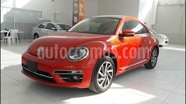 Foto venta Auto usado Volkswagen Beetle Sound (2018) color Naranja precio $359,000