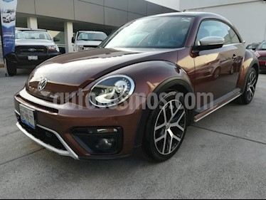 Foto venta Auto Seminuevo Volkswagen Beetle SPORT TIPTRONIC 2.5L (2016) color Bronce precio $299,000