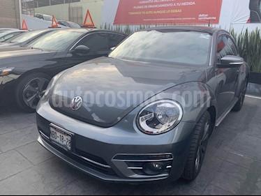 Foto venta Auto Seminuevo Volkswagen Beetle Sport Tiptronic (2017) color Gris precio $275,000