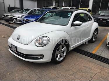 Foto venta Auto Seminuevo Volkswagen Beetle Sport (2015) color Blanco precio $199,000