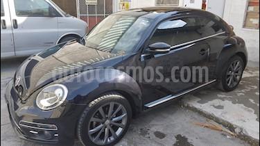 Foto venta Auto Seminuevo Volkswagen Beetle Sportline (2017) color Negro precio $258,000