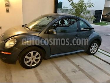 Volkswagen Beetle STD usado (2009) color Gris Platino precio $90,000