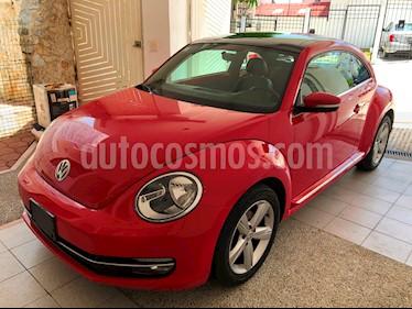 Volkswagen Beetle STD  usado (2016) color Rojo Tornado precio $230,000