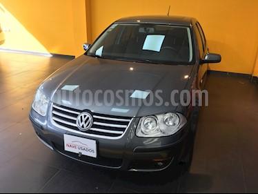 Foto venta Auto usado Volkswagen Bora 2.0 Trendline (2013) color Gris precio $320.000