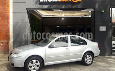 Foto venta Auto Usado Volkswagen Bora 2.0 Trendline (2008) color Plata Reflex precio $215.000