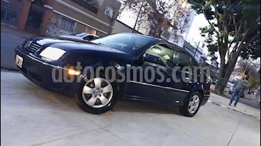 Foto Volkswagen Bora 2.0 Trendline usado (2004) color Azul precio $215.000