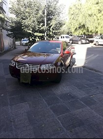 Foto venta Auto usado Volkswagen Bora 2.0 Trendline (2010) color Rojo Spice precio $270.000
