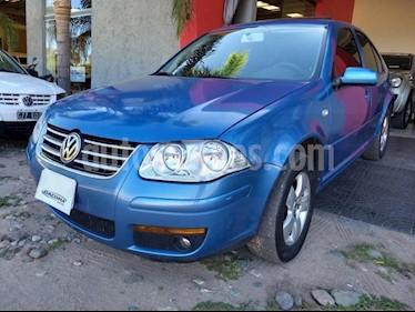Foto venta Auto usado Volkswagen Bora 2.0 Trendline (2008) color Azul Celeste