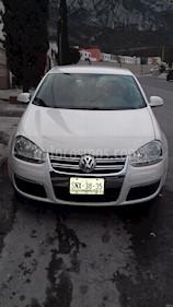 Foto venta Auto usado Volkswagen Bora 2.5L Active Tiptronic (2009) color Blanco Campanella precio $93,000