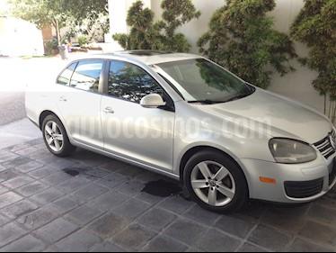 Volkswagen Bora 2.5L Style Active Tiptronic Active usado (2009) color Plata precio $95,000