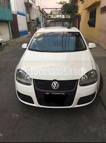 Foto venta Auto usado Volkswagen Bora 2.5L Style Active (2010) color Blanco Campanella precio $105,000