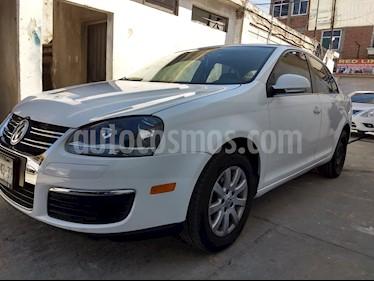 Volkswagen Bora 2.5L Style usado (2009) color Blanco precio $96,000