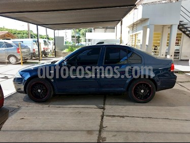 Volkswagen Bora 2.0 Trendline usado (2012) color Azul precio $430.000