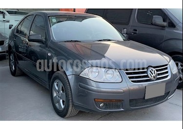 Volkswagen Bora 2.0 Trendline usado (2013) color Gris precio $755.000