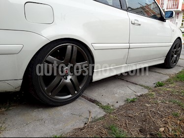 Foto Volkswagen Cabrio Gls At usado (2001) color Blanco precio $80,000