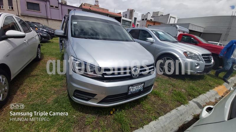 Volkswagen Caddy Pasajeros usado (2018) color Plata precio $319,000