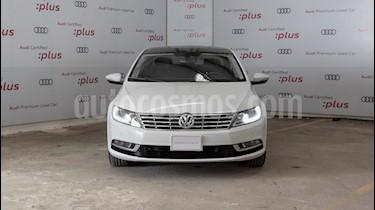 Volkswagen CC 2.0T usado (2015) color Blanco Candy precio $240,000