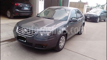 Volkswagen Clasico CL usado (2014) color Gris Platino precio $140,000