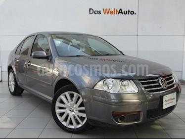 Foto venta Auto usado Volkswagen Clasico GL Team Tiptronic Seguridad (2013) color Gris Platino precio $139,000