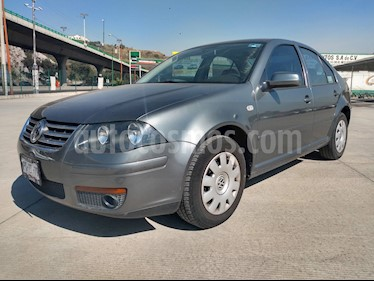 Volkswagen Clasico CL usado (2015) color Gris Platino precio $138,000
