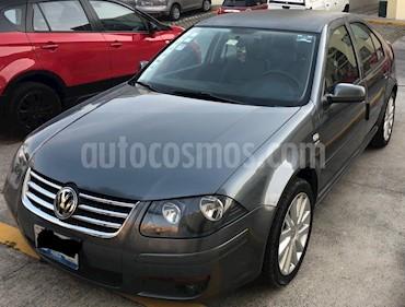 Foto Volkswagen Clasico Sport Tiptronic usado (2011) color Gris Platino precio $115,000