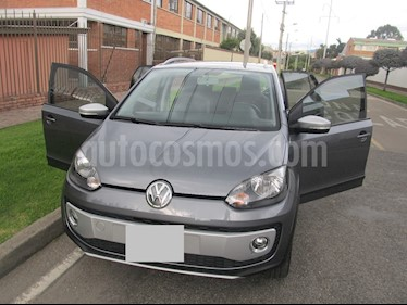 Volkswagen Cross up! 1.0L  usado (2017) color Gris precio $20.000.000