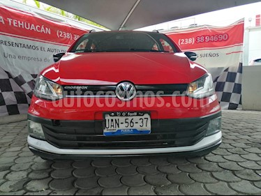 Foto venta Auto usado Volkswagen CrossFox 1.6L 10 anos (2017) color Rojo Tornado precio $200,000