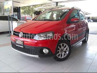 Foto Volkswagen CrossFox 1.6L Quemacocos ABS usado (2013) color Rojo precio $140,000