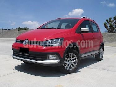 Foto venta Auto usado Volkswagen CrossFox 1.6L (2016) color Rojo Tornado precio $183,000