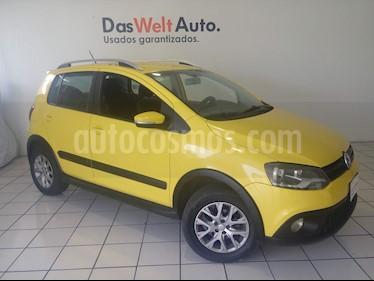 Foto venta Auto usado Volkswagen CrossFox 1.6L  (2013) color Amarillo precio $139,900