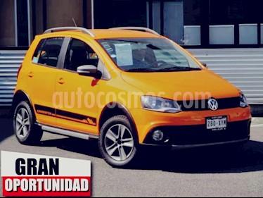 Foto venta Auto usado Volkswagen CrossFox 5p HB L4/1.6 Man ABS P/E (2012) color Naranja precio $135,000