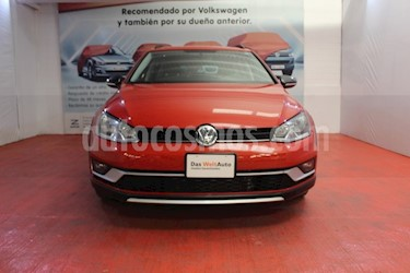 Foto venta Auto usado Volkswagen CrossGolf 1.4L (2017) color Naranja Metalico precio $299,000