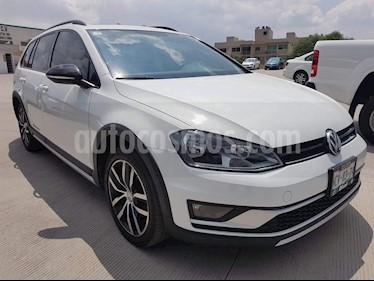 Foto venta Auto usado Volkswagen CrossGolf 1.4L (2017) color Blanco precio $288,000