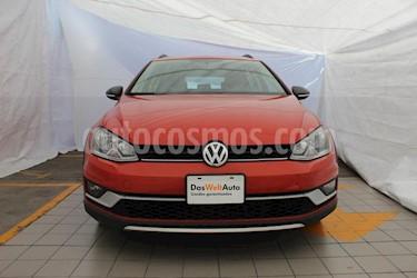 Foto venta Auto usado Volkswagen CrossGolf 1.4L (2017) color Naranja precio $314,000