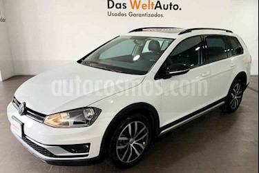 Foto Volkswagen CrossGolf 1.4L usado (2017) color Blanco precio $272,000