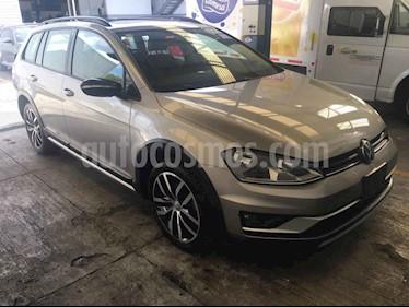 Foto venta Auto usado Volkswagen CrossGolf 1.4L (2017) color Beige precio $235,411
