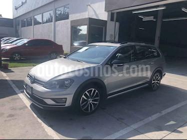 Volkswagen CrossGolf 1.4L usado (2017) color Beige precio $269,900