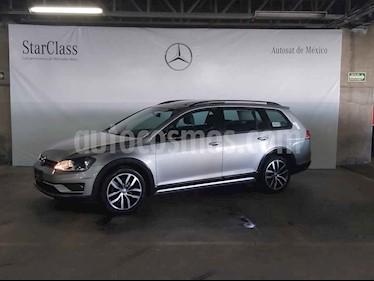 Volkswagen CrossGolf 1.4L usado (2017) color Plata precio $259,000
