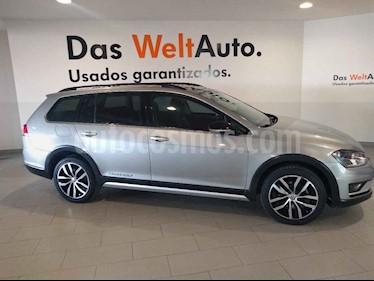 Volkswagen CrossGolf 1.4L usado (2017) color Plata precio $255,900