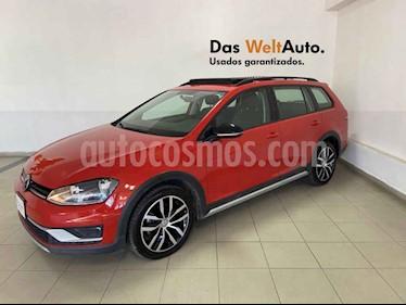 Volkswagen CrossGolf 1.4L usado (2017) color Naranja precio $249,995