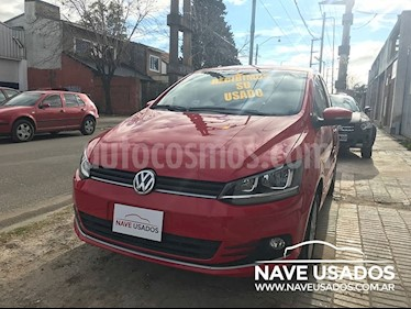 Foto venta Auto Usado Volkswagen Fox 5P Highline (2015) color Rojo