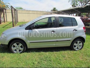 Volkswagen Fox 5P Trendline usado (2009) color Gris precio $272.000