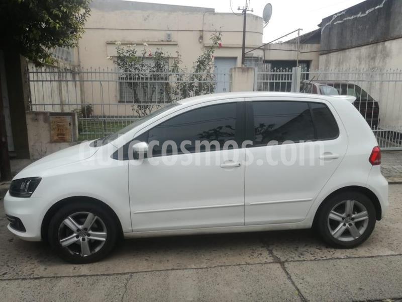 Volkswagen Fox 5P Trendline usado (2015) color Blanco precio $700.000
