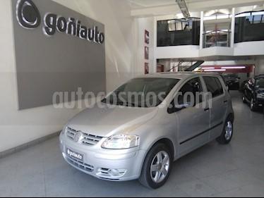 Volkswagen Fox - usado (2006) color Gris precio $225.000