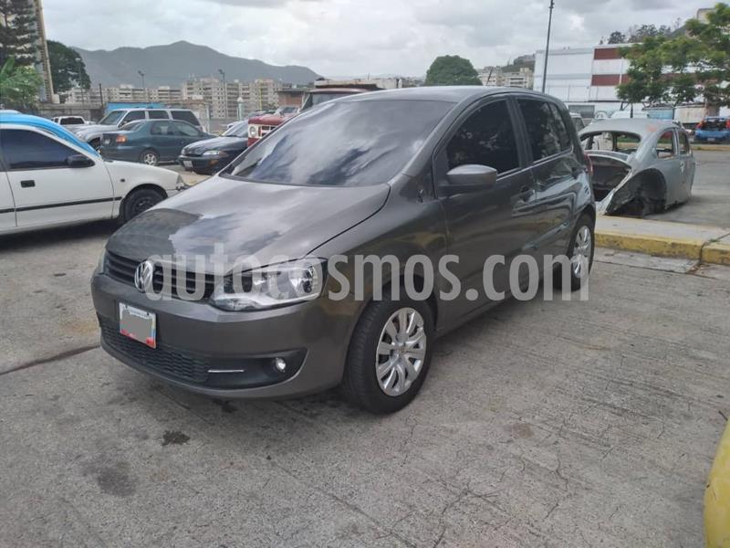 Volkswagen FOX 1.6 SPORTLINE 5PTO ROJO usado (2013) color Gris precio u$s4.500