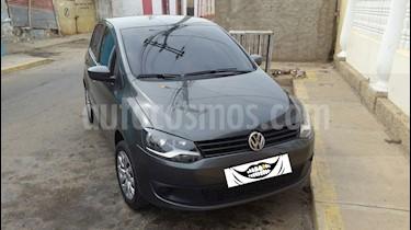 Volkswagen FOX 1.6 SPORTLINE 5PTO ROJO usado (2014) color Gris precio u$s3.500