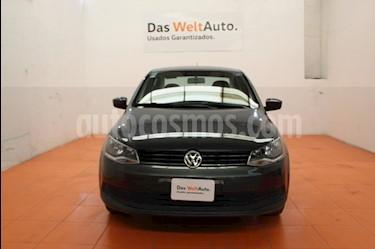 Foto venta Auto Seminuevo Volkswagen Gol Sedan 1.6L (2016) color Gris Platino precio $135,000