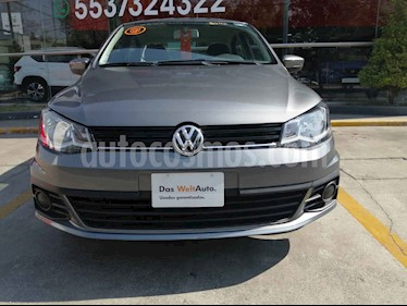 Volkswagen Gol Sedan 1.6L usado (2018) color Gris precio $180,000