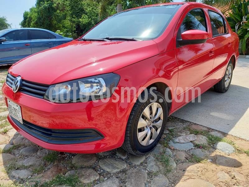 Volkswagen Gol Sedan 1.6L usado (2011) color Rojo Flash precio $110,000